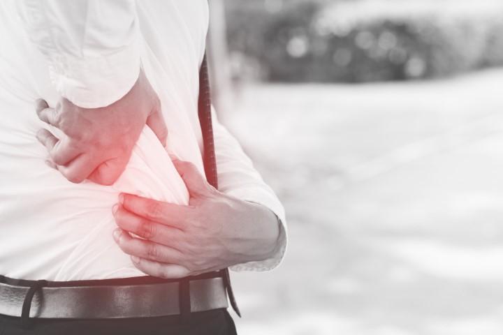 Bel fıtığı ağrısından şüpheleniyorsanız vakit kaybetmeden alanında uzman bir hekime danışmalısınız!